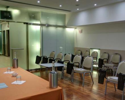 Sale Riunioni Roma Termini : Centro congressi roma centro sale meeting attrezzate hotel royal