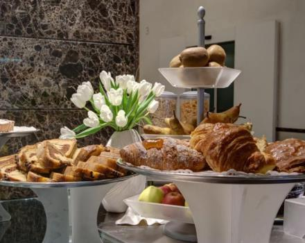 Learn how you can start the day with our breakfast and services.