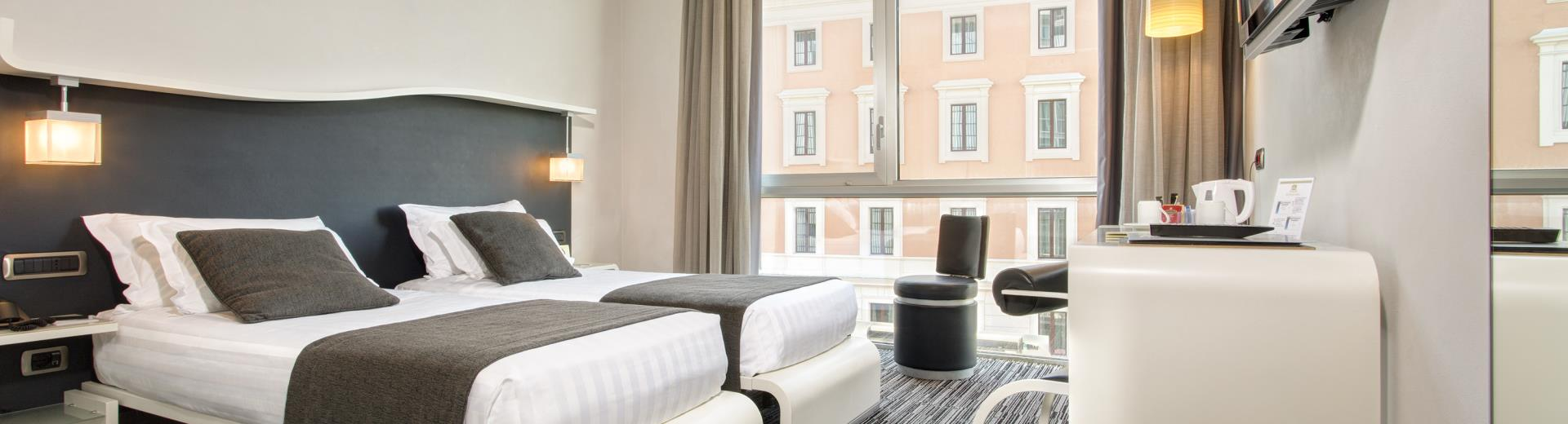 Comfort twin room Hotel Royal Santina Rome 4 star hotel
